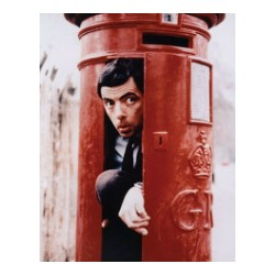 Celengan pos london mr bean